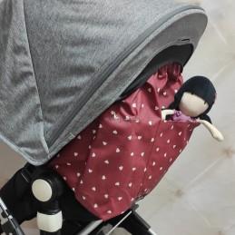 Mochila respaldo XL Corazones blancos fondo rojo tratamiento teflón impermeable